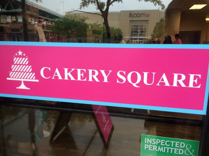 SMITH_CAKERY SQUARE_SIGN